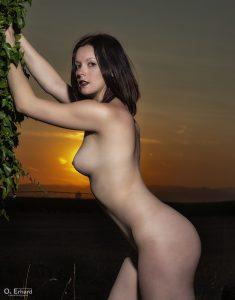 Anaïs au coucher du soleil